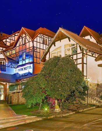 PARK HOTEL **** KUR & SPA BUCZYŃSKI
