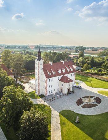 Schloss Leopoldshain / Pałac Łagów