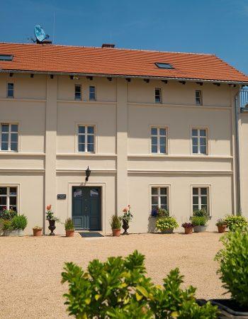 Schloss Lomnitz / Pałac Łomnica