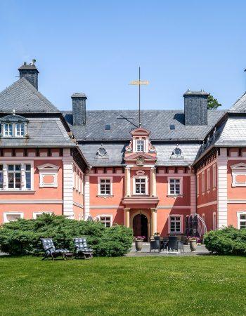 Schloss Arnsdorf / Miłkow